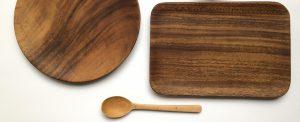 アカシアのテーブルウェア